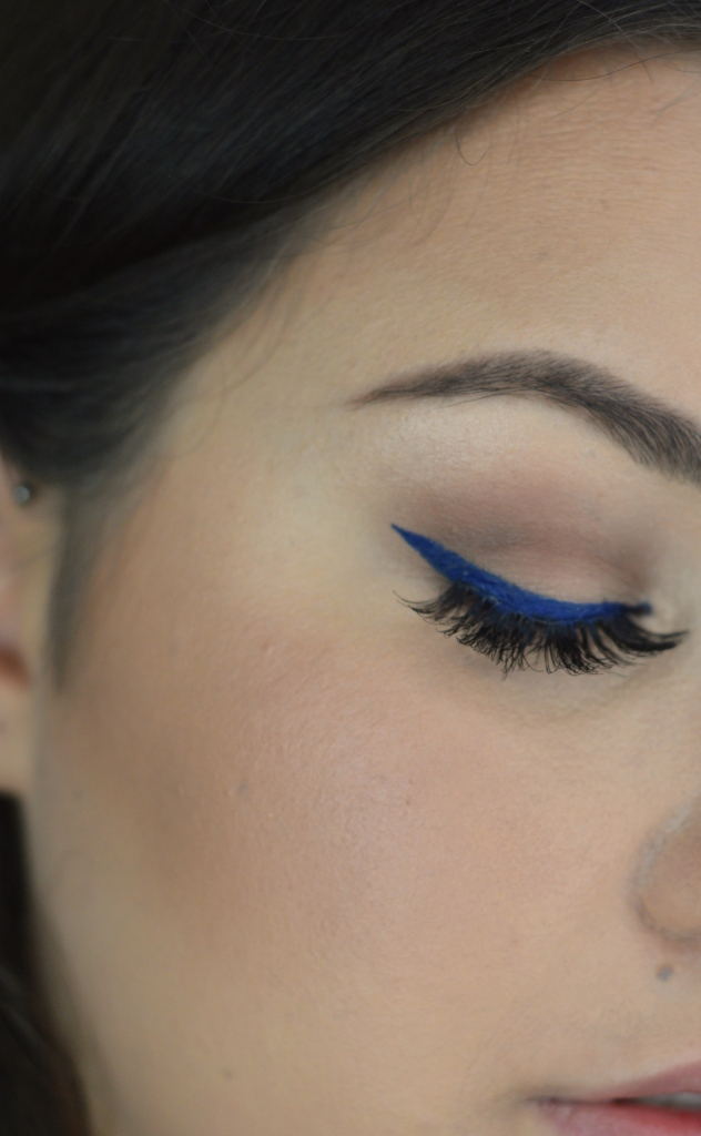 Blue Liner One Eye Close Up